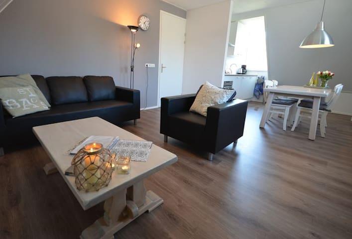 Ruim appartement in Buren op Ameland