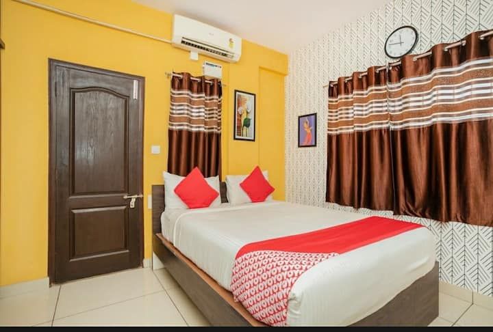 2BHK Private Service Apartment Ulsoor Indiranagar