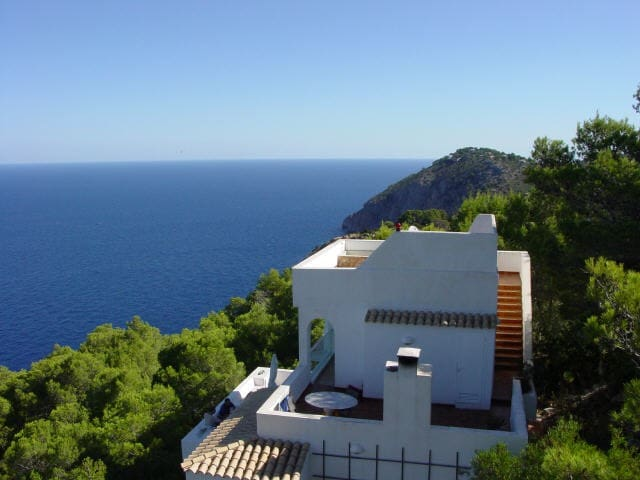 Villa with beautiful view in Isla Blanca IBIZA - Sant Miquel de Balansat - Huis