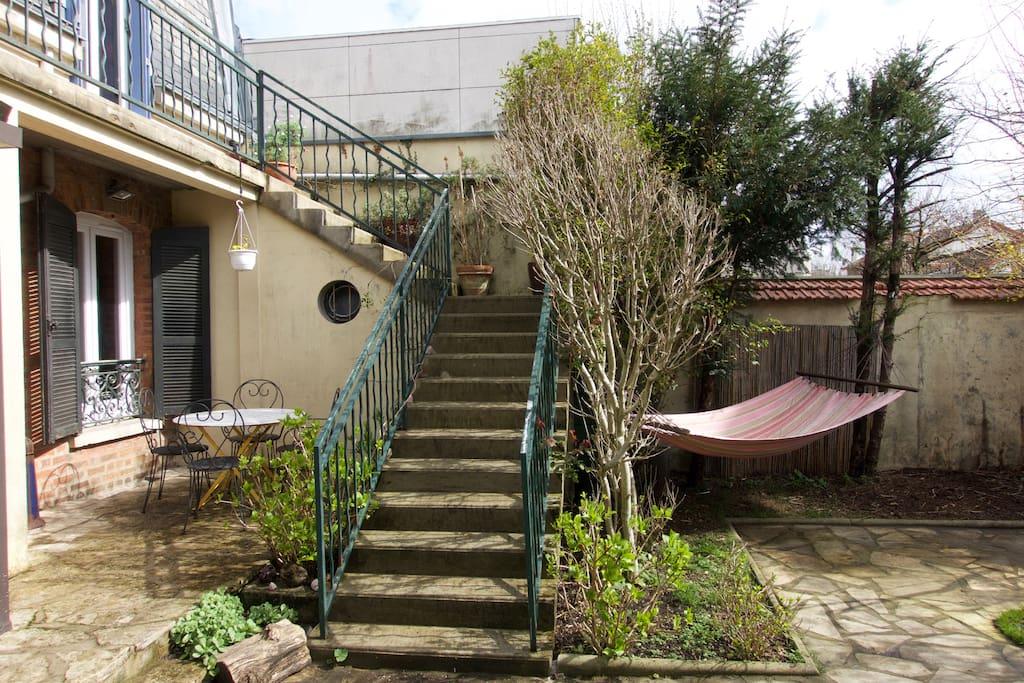 03 Escalier extérieur et balcon