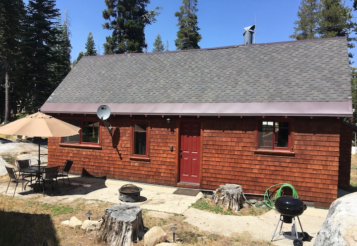 Cozy Cabin at Silver Lake, California