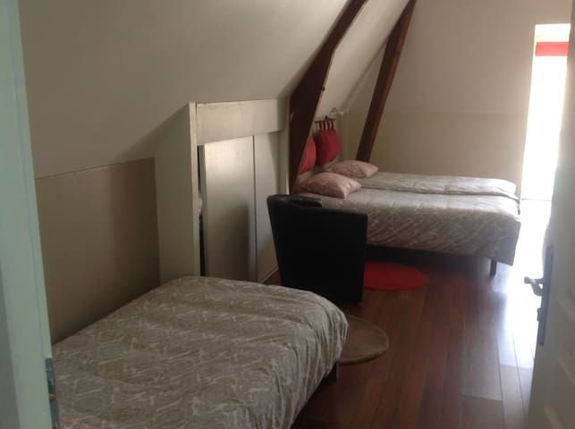 Outre-Mer - Chambre 3 pers - Jardin & Terrasse