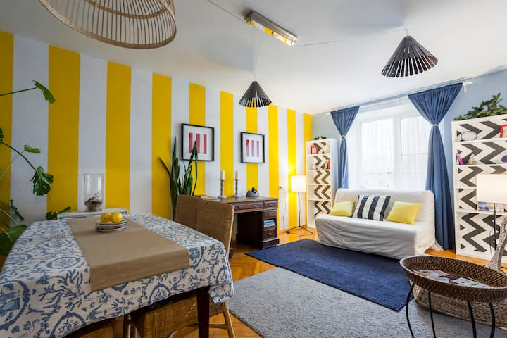 Sunny apartment next to downtown - Санкт-Петербург - Apartemen