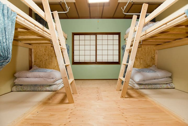 Daisen guesthouse JUAN's Male dormitory.