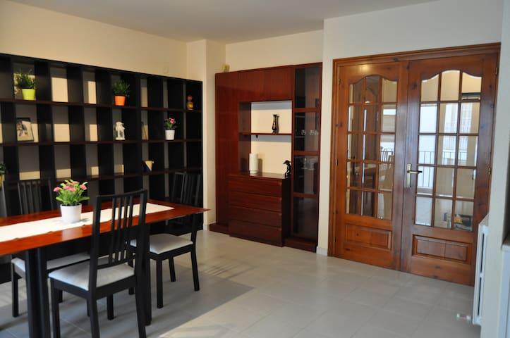 Apartamento junto al mar, amplio - Sant Antoni de Calonge - Apartament