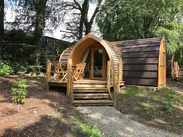 Luxury Lancashire Micro-Lodge, Cherry