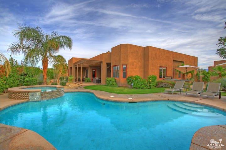 Palm Springs/Rancho LUXURY Home 4 Bedroom Pool+Spa