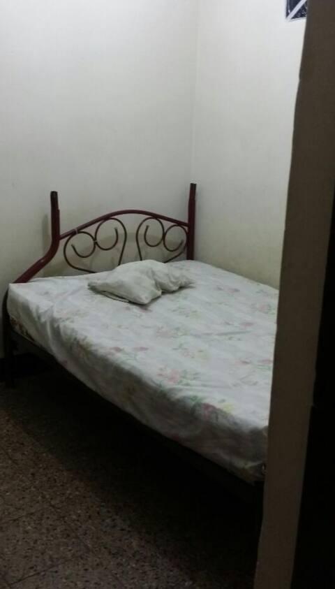 Avitacion con cama y cajon