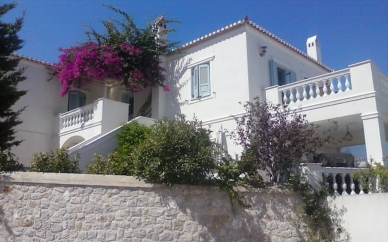 Spetses newly built apartment w breathtaking view - Spetses - Apartamento