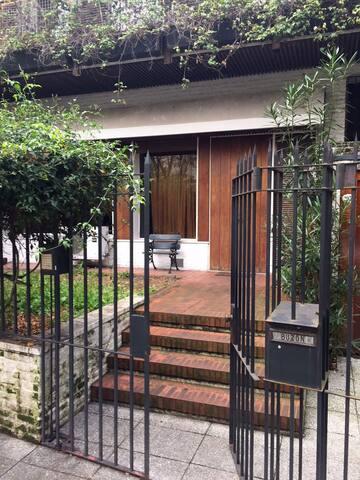 Habitacion en Barrio Parque en hermosa casa - Buenos Aires - Ev
