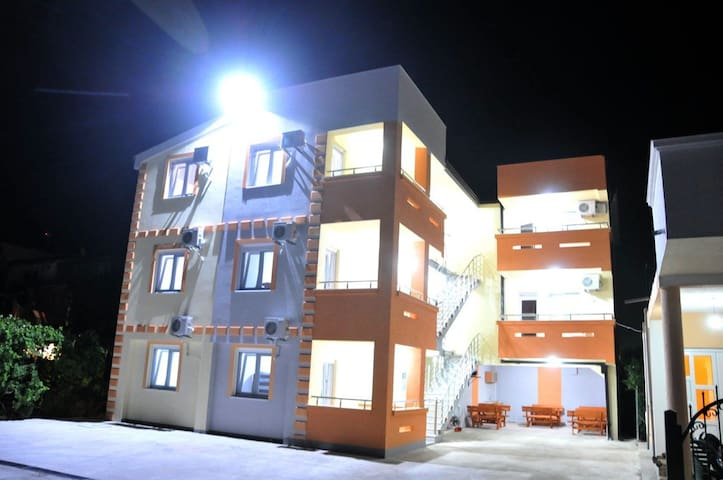 Apartmani Leyla - Ulcinj - Lägenhet