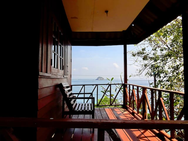 Best Snokling and Relaxing Bungalow for KOH TAO