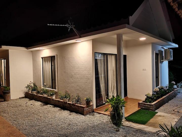 Aaeesha Roomstay-3