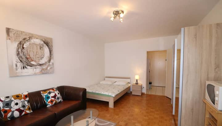 FULLY FURNISHED, CONFORTABLE APARTMENT, IN CHAMPEL