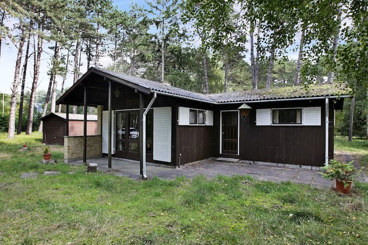 6 person holiday home in Store Fuglede