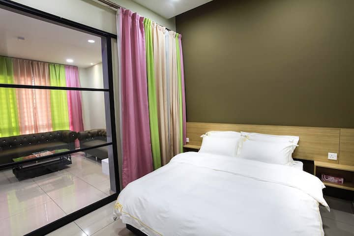 U-ME Suites -Twin Standard Room 01