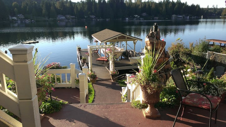 Lake Roesiger Waterfront-Private 2 Bedroom Getaway