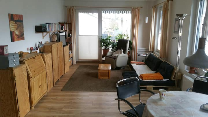 2-Room-Apartment, 67 qm, balcony for women, Frauen