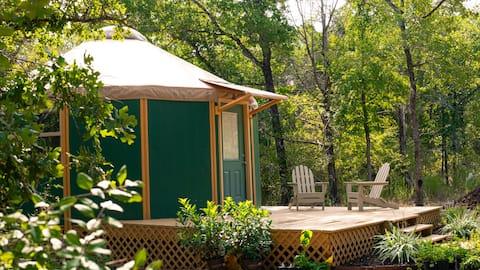 """The Nest""☀Luxury Yurt Cabin☀Private Deck+Bath☀"