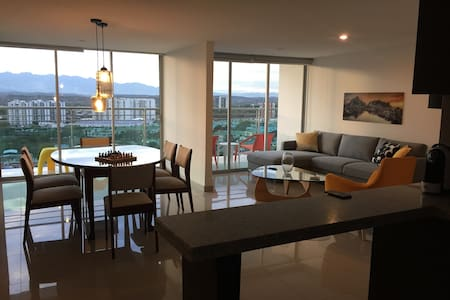 Neiva Penthouse with fabulous views of the Andes