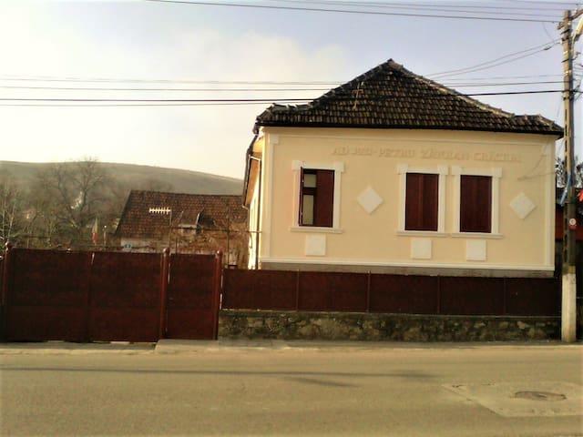 Casa Craciun Suite