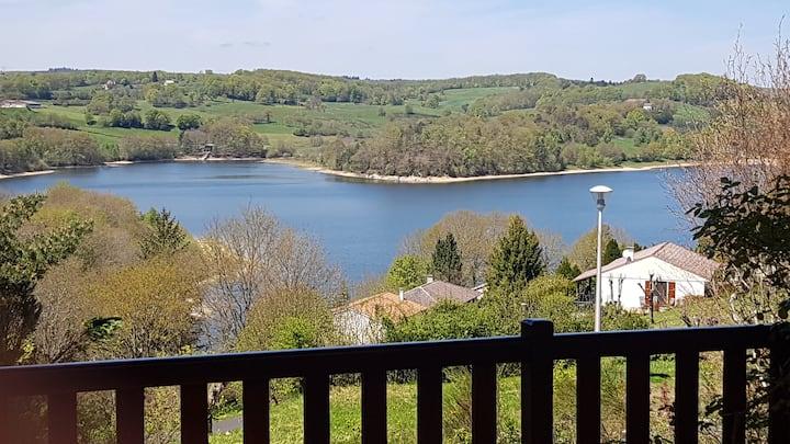 Maison en bord de Lac