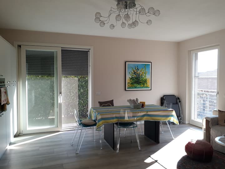 wide & modern 2rooms with garden