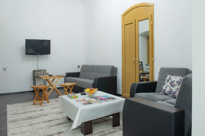 Old City Central Apartment