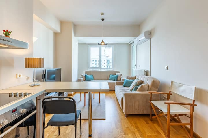 Cozy and Modern 1 BR Apartment in Esenyurt