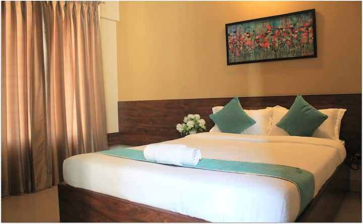 Premium Independent AC Room  (Room Service Avail)