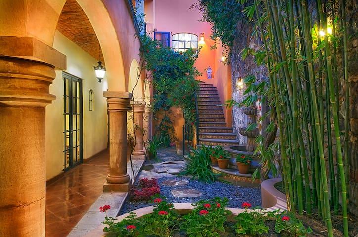 Classy colonial with panoramic view of san miguel for 45 upper terrace san francisco