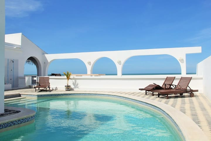 Los Arcos.. Oceanfront Resort - Chuburná - Huis
