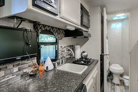 """Tiny Home"" Outdoor Oasis - South Salt Lake - Autocaravana"