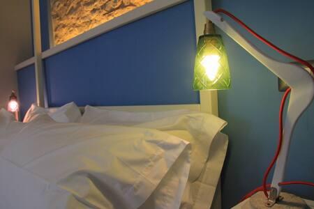 Aquilone's room in Spello - Spello