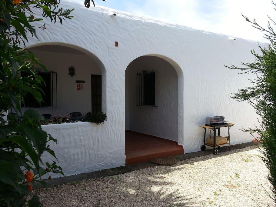 Casa celestina 63 m con piscina bicicleta y kayak casas for Casas en zahora con piscina