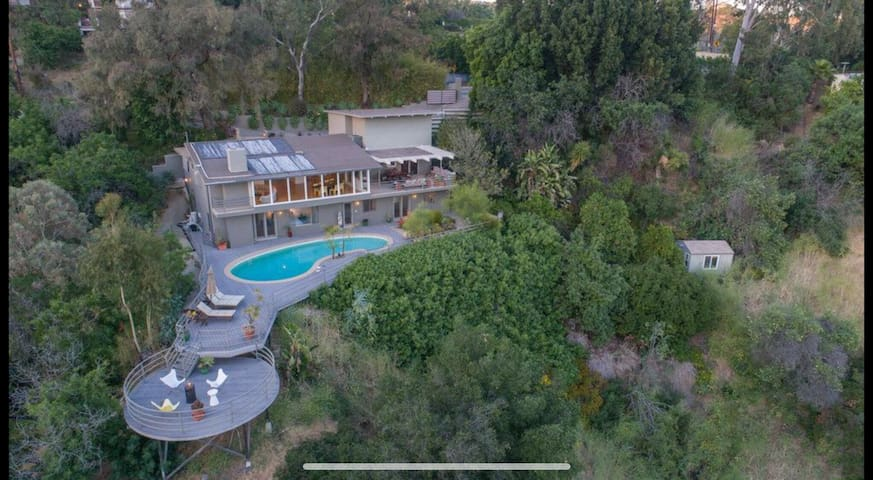 The Wyatt | Beverly Hills Retreat with POOL & View