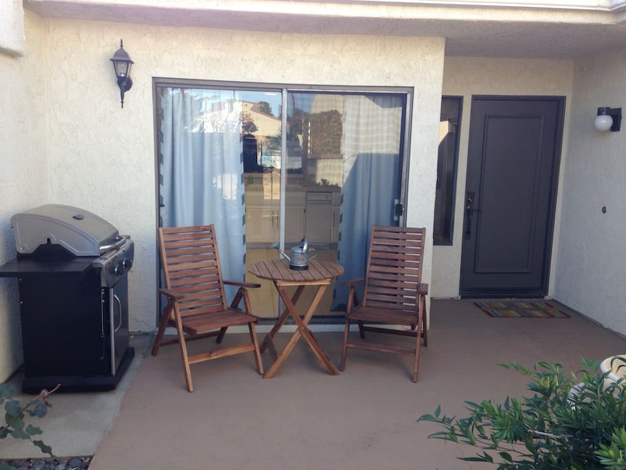 Front private porch with gas BBQ