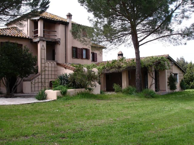 Authentic CountryHouse in WWF Oasis - Corchiano - Villa