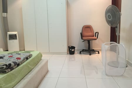 Spacious room close to Orchard & Clarke Quay - Singapore - Appartamento