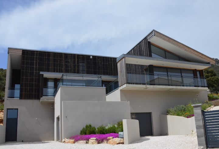Superbe villa + piscine chauffée, pays cathare