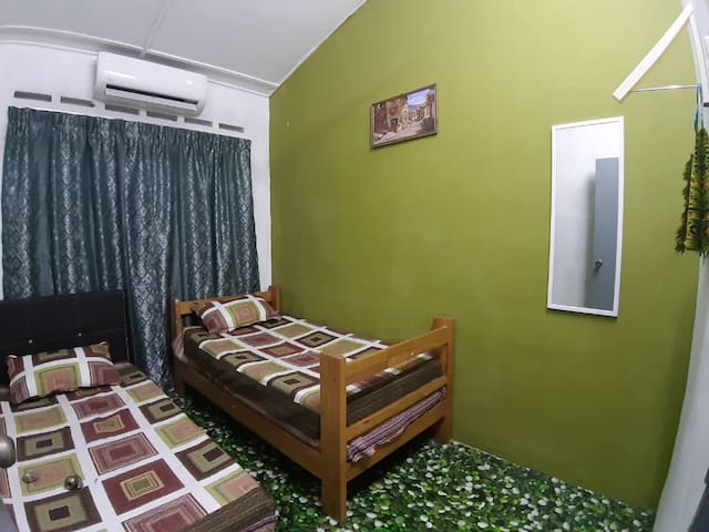 Third Bedroom with Twin Single Bed