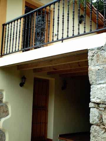 Casa junto al Parque de Cabarceno - Obregón - Dům
