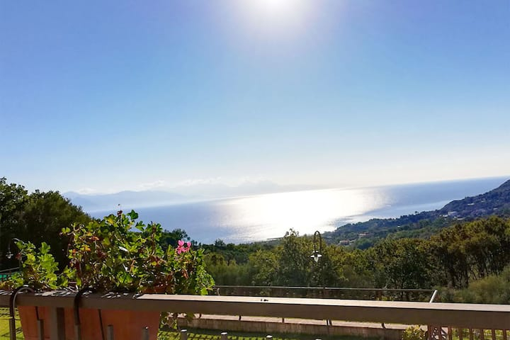 Policastro Gulf - Apartment with sea view