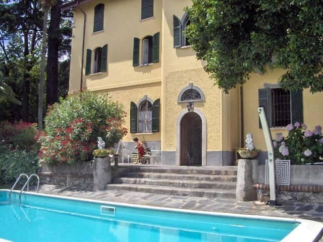 Villa Santa Chiara Aleandro 2-room-flat with pool