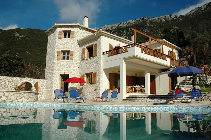 Villa Arapaki - Close to Beach & Restaurants - Lefkada