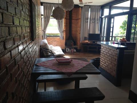 Apartamento Aconchegante em Secretário Itaipava