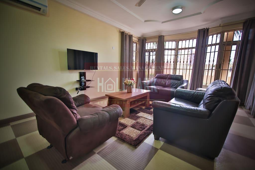 Sitting Area/ Hall