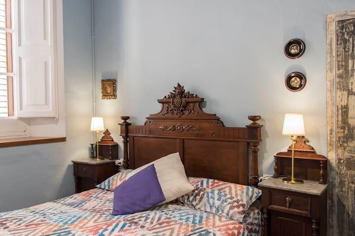 Acollidora habitació a Cal Riba de la Geltrú