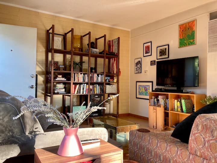 Sunny, fun, eclectic one bedroom apartment