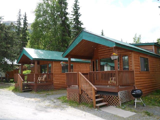 Gwin's Lodge Poplar Chalet #3